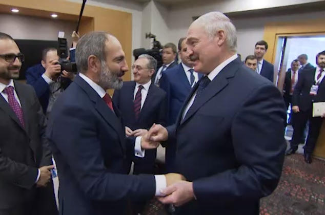 """Между Лукашенко и """"армянским Статкевичем"""" назревает конфликт?"""