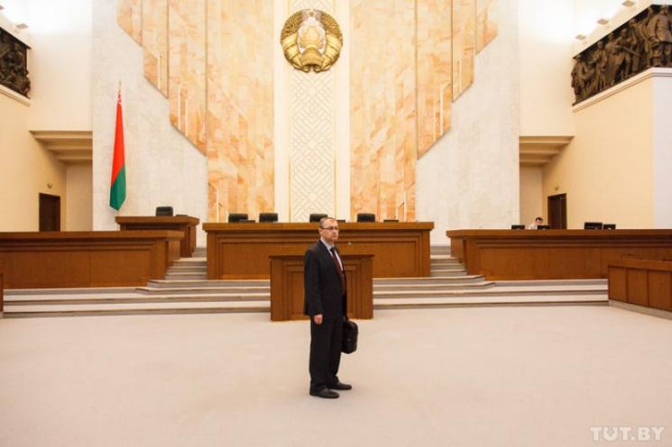 """""""Неправильных"""" журналистов не пустят на ежегодное """"послание Лукашенко"""" — нет мест"""