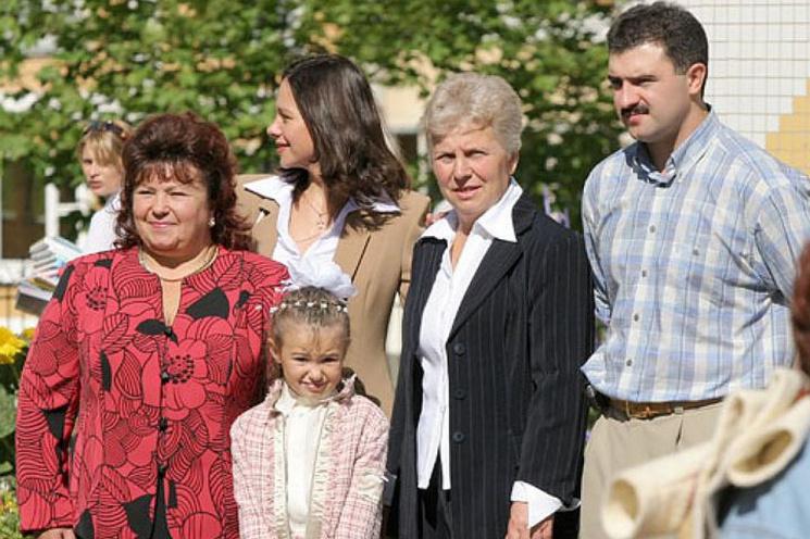 Лукашенко александр с семьей фото