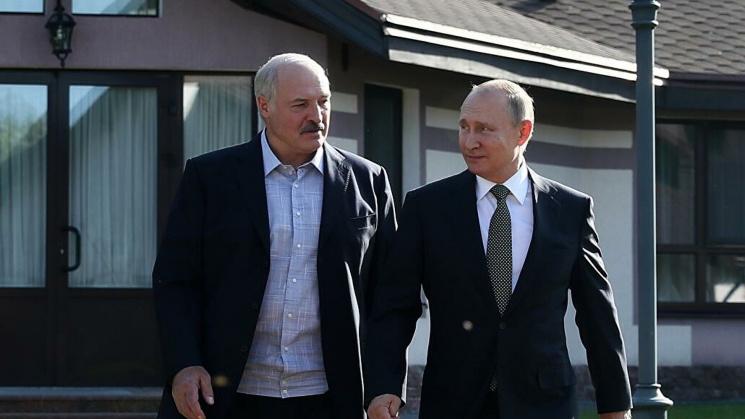 Профессор Дэвид Марплс: «Путин хочет ухода Лукашенко, но опасается, что ему на смену придет кто-то прозападный»