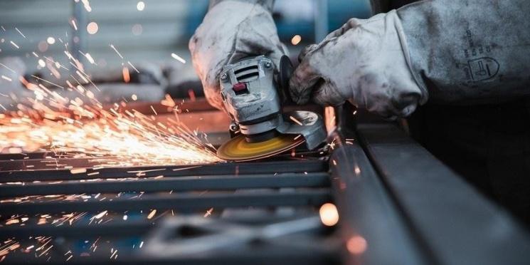 Каких работников сейчас ищут крупнейшие предприятия Беларуси
