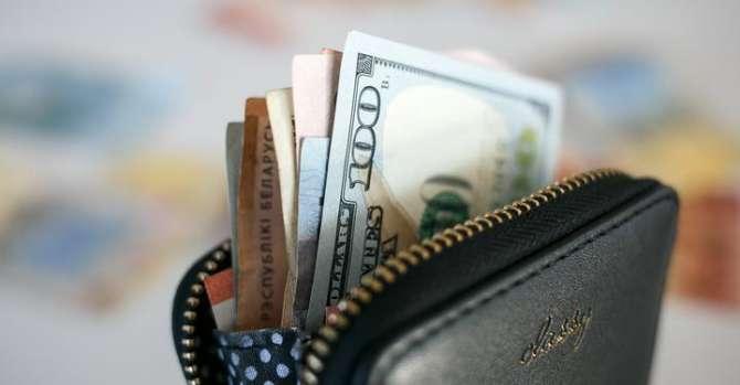 Белорусы могут стать даже беднее. Экономисты – об обещании Лукашенко удвоить зарплаты