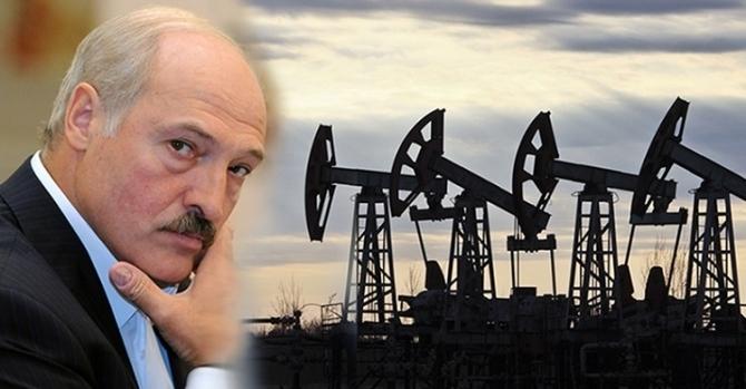 Романчук: 'Российские нефтяные бароны плевать хотели на желание Лукашенко'
