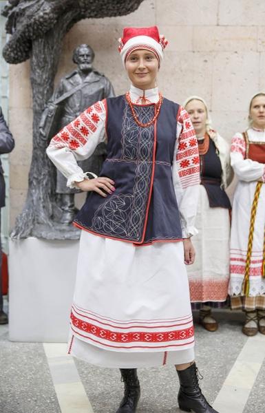купить национальный белорусский костюм фото это решает Акушерка