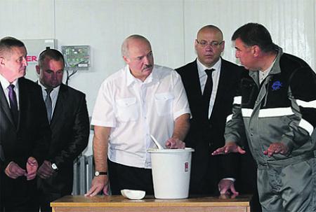 Лукашенко больше не в состоянии поддерживать государственный сектор