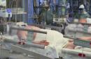 Аппараты ИВЛ —  сколько мест в отделениях интенсивной терапии есть в охваченных пандемией странах