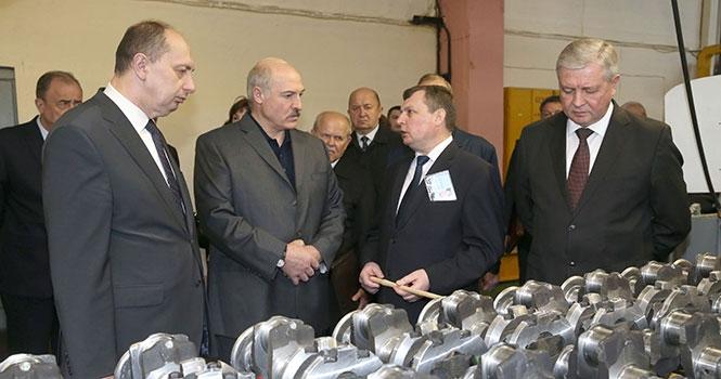 Чтобы не хуже, чем у BMW. Лукашенко поставил перед новым директором Минского моторного завода амбициозную задачу