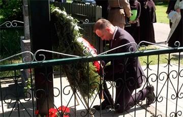 Президент Польши Анджей Дуда помолился в Залешанах за души белорусских жертв подразделения «Бурого»