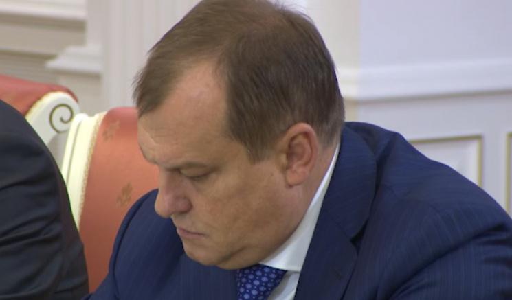 Табачка ему мало: Лукашенко разрешил Олексину модернизировать оружие