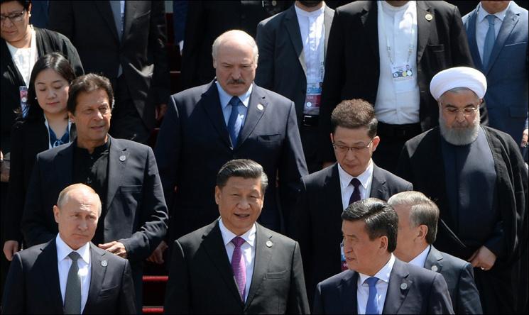 Чего добился Лукашенко на Востоке, отказавшись ехать на Запад