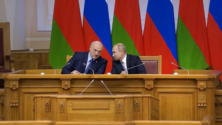 Москва и Минск ставят на символизм