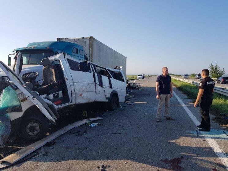 Водитель обвиняется посмертно: в Украине завершилось следствие по делу о ДТП с пятью погибшими белорусами