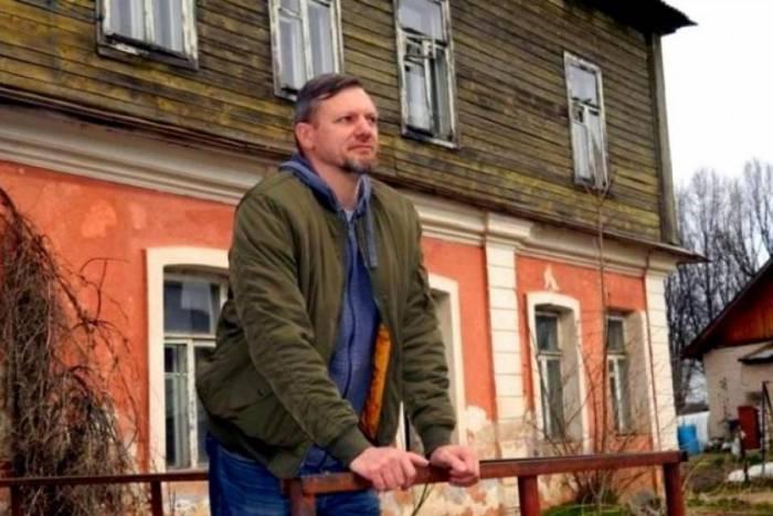 Под Витебском предприниматель восстанавливает старинную усадьбу известного ботаника Адамова, а местные жители жалуются в милицию и налоговую