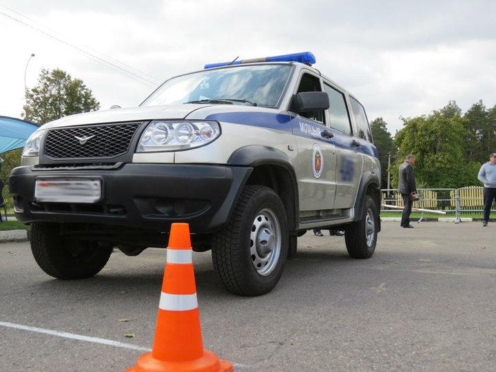 Сам виноват: семье мужчины, найденного повешенным в милицейской машине в Несвиже, отказали в возбуждении дела