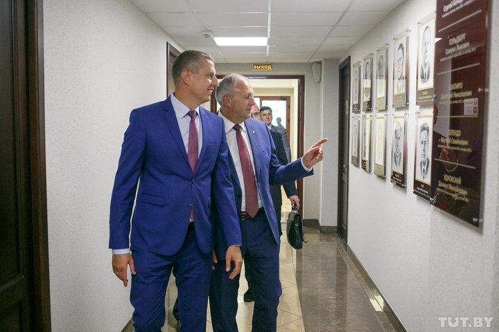 «Больной» стабилизирован. Чего достигло за год самое молодое белорусское правительство