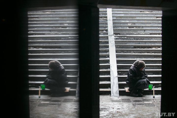В Беларуси новый лидер по бедности. У кого больше шансов попасть в «нищие» и что сделать властям