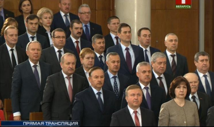 Поднимут ли топ-чиновники с колен белорусские госпредприятия?