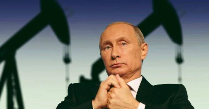 """""""Коммерсант"""": поставки нефти в Беларусь прекращены по приказу из Кремля"""