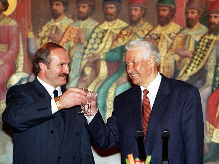 Россия побила Лукашенко его же дубинкой