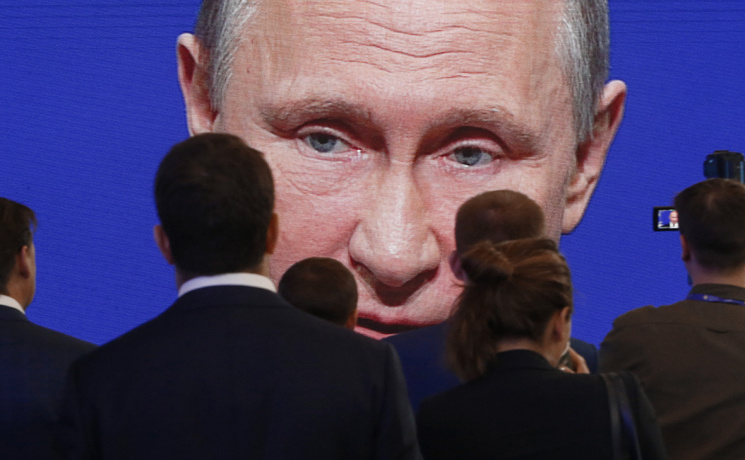 Белоруссия, Украина иВенесуэла являются крупнейшими должникамиРФ