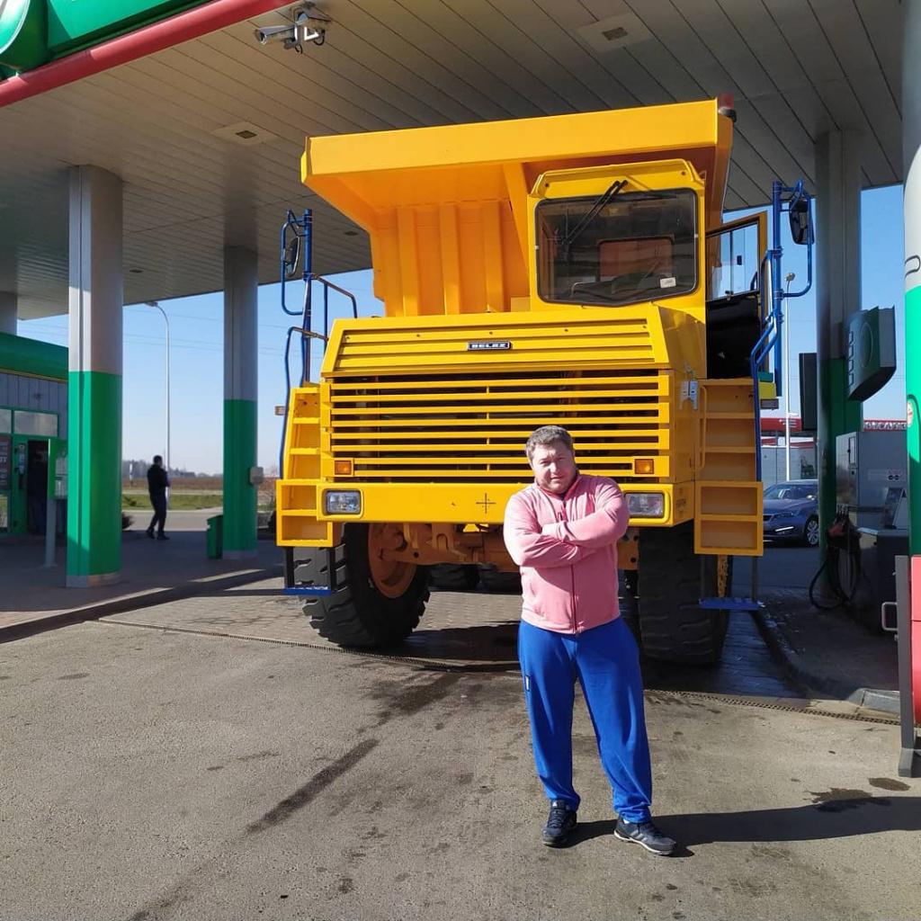 Фотофакт: Арямнов сравнил себя с «БелАЗом»