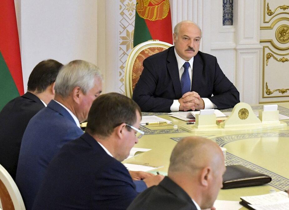 МИД Литвы внес Лукашенко всписок невъездных лиц