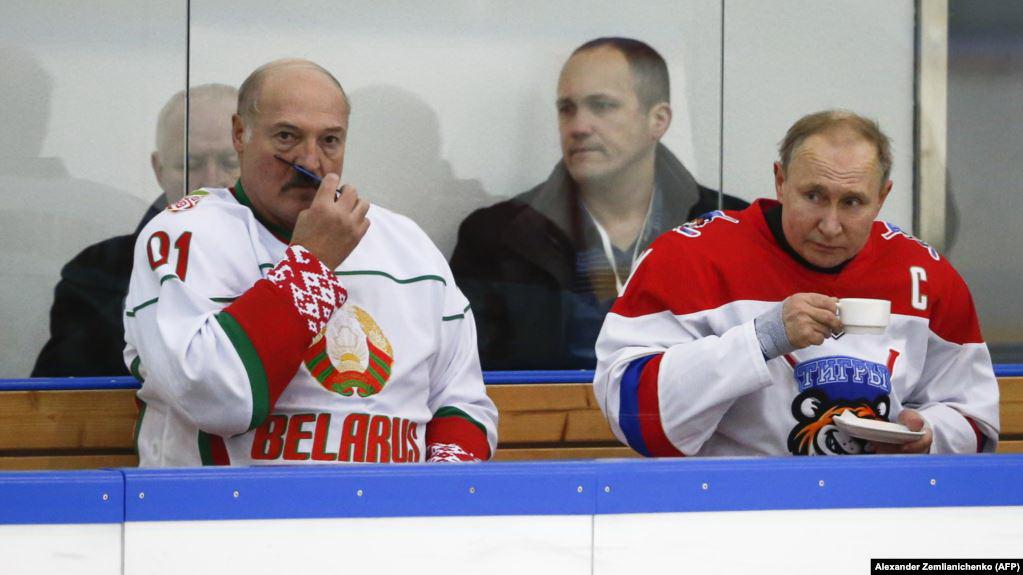 Брутальный Батька и няшный Путин
