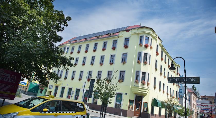 В Чехии отменили штраф для отеля, отказавшегося заселять граждан РФ