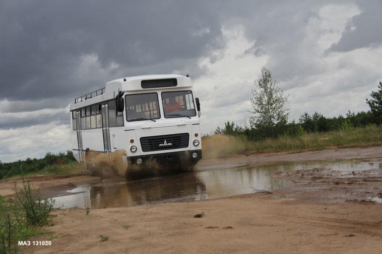 В РФ заметно снизились продажи фургонов спробегом