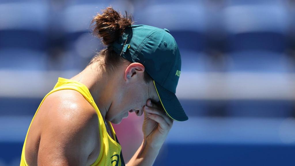 Первая ракетка мира Барти проиграла в первом круге теннисного турнира Олимпиады