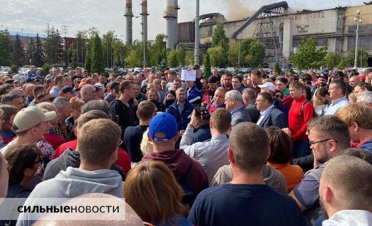 Лукашенко демонстрирует, что не боится забастовок. Ну-ну…