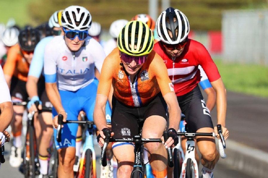Финишировавшая второй велогонщица по ошибке подумала, что выиграла Олимпийские игры